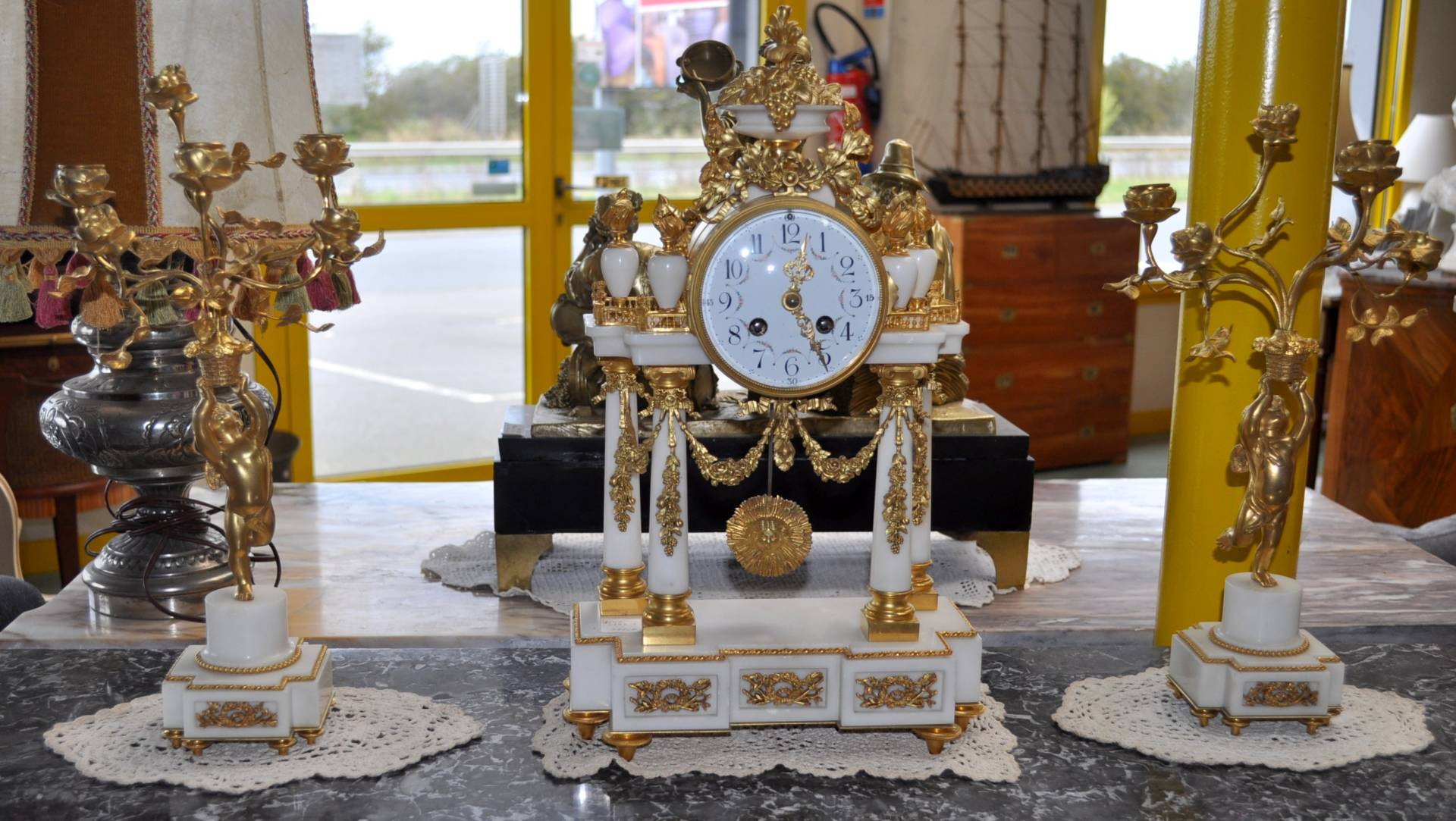 Garniture pendule XIXème en bronze Hologerie